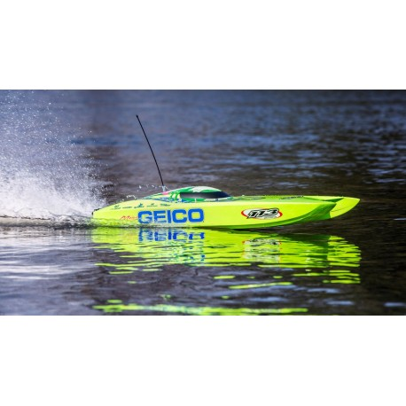 "Miss GEICO Zelos 36"" Twin Brushless Catamaran RTR"